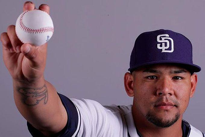 ¡De catcher a pitcher! José Ruiz es el criollo que debutó en la MLB #Beisbol #Deportes
