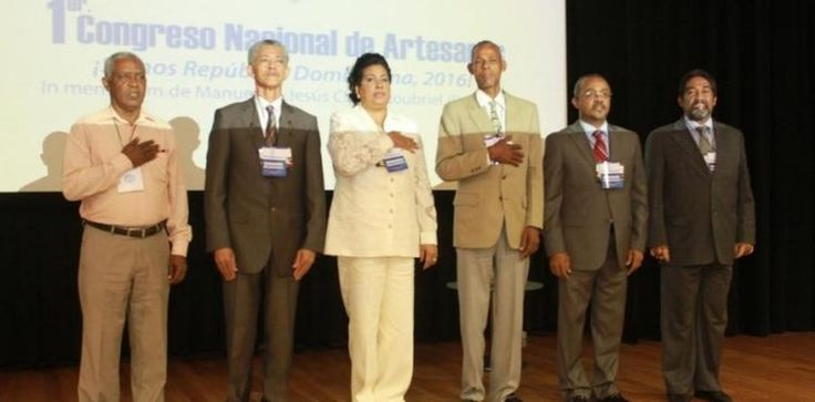 Concluye con éxito el Primer Congreso Nacional de Artesanos Dominicanos - El Nuevo Diario (República Dominicana)