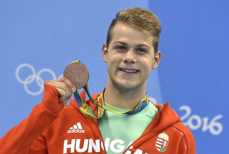 The moment of victory - Hungarian swimmer Tamás Kenderesi with his bronze medal in men's 200 m butterfly - Olympic Games, Rio de Janeiro
