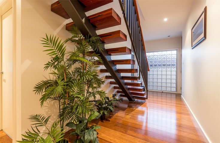 Helen St Merewether by Webber Architects (Newcastle AUS) #architecture #residentialarchitecture #stairdesign