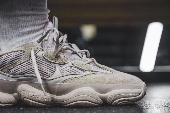 basket homme tendance 2018 Adidas X Yeezy Desert Rat 500 Blush mode été  retro  ModeHommeTendance  0332b589326