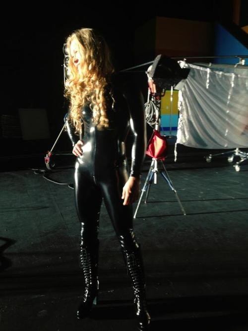She has arrived, looking ready to kick ass Catwoman suit and all #armbarnation Visit RondaRousey.net