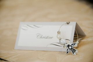 wedding place cards and favours