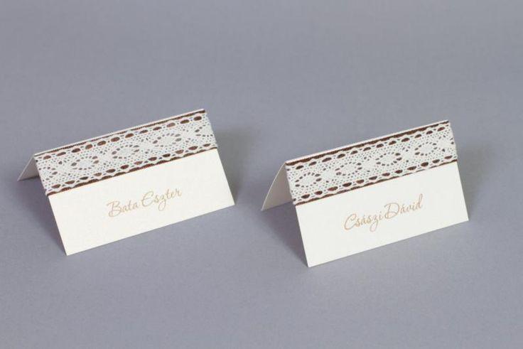 Csipkés, rusztikus esküvői ültetőkártya - rustic lace wedding place cards