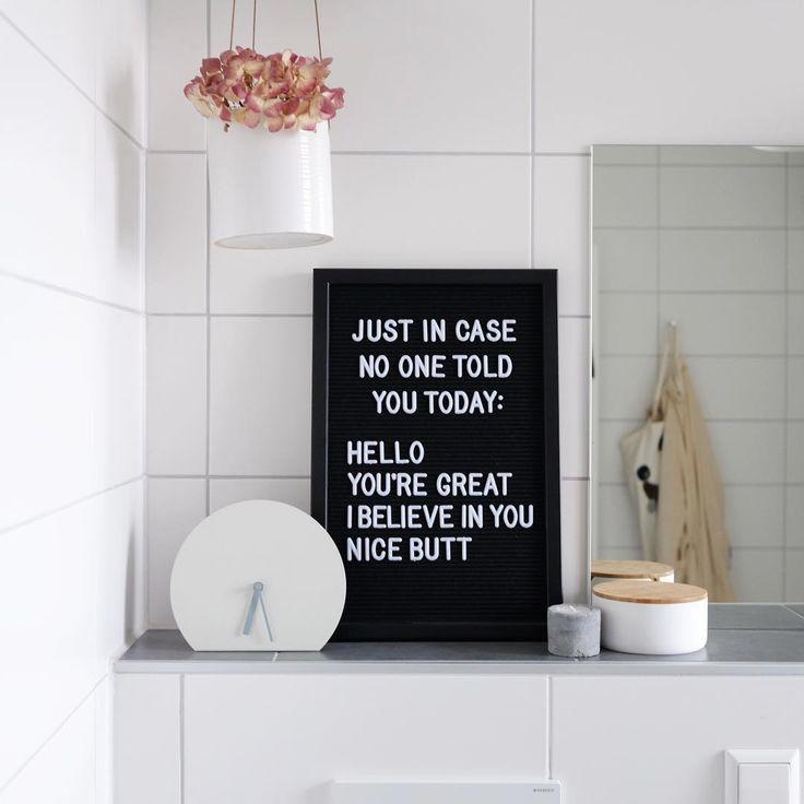Letterboard im Bad! Für Komplimente am Morgen. #letterboard #sprüche #uhr #badezimmer #bathroom