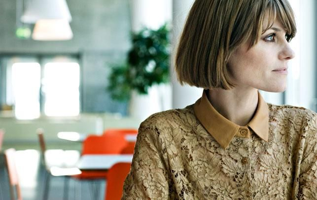 great blunt bob with bangs. pernille rosendahl.
