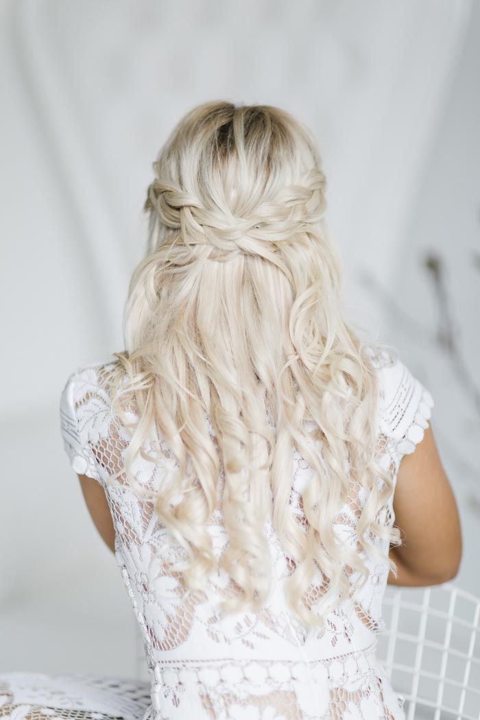 bridesmaids hair styles 552 best wedding hair images on 1876