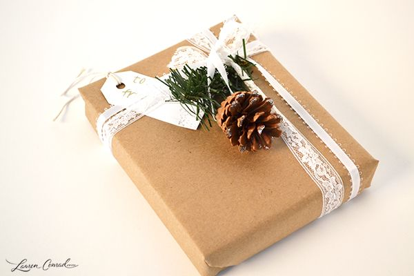 pine cone package topper