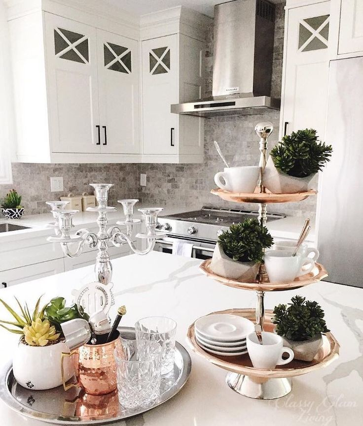 @ClassyGlamLiving compliments her gorgeous kitchen with a classy touch of copper, perfect for the Summer to Fall transition. A #MyHomeSense tiered stand is the perfect multi-purpose accessory for all your décor and entertaining needs!