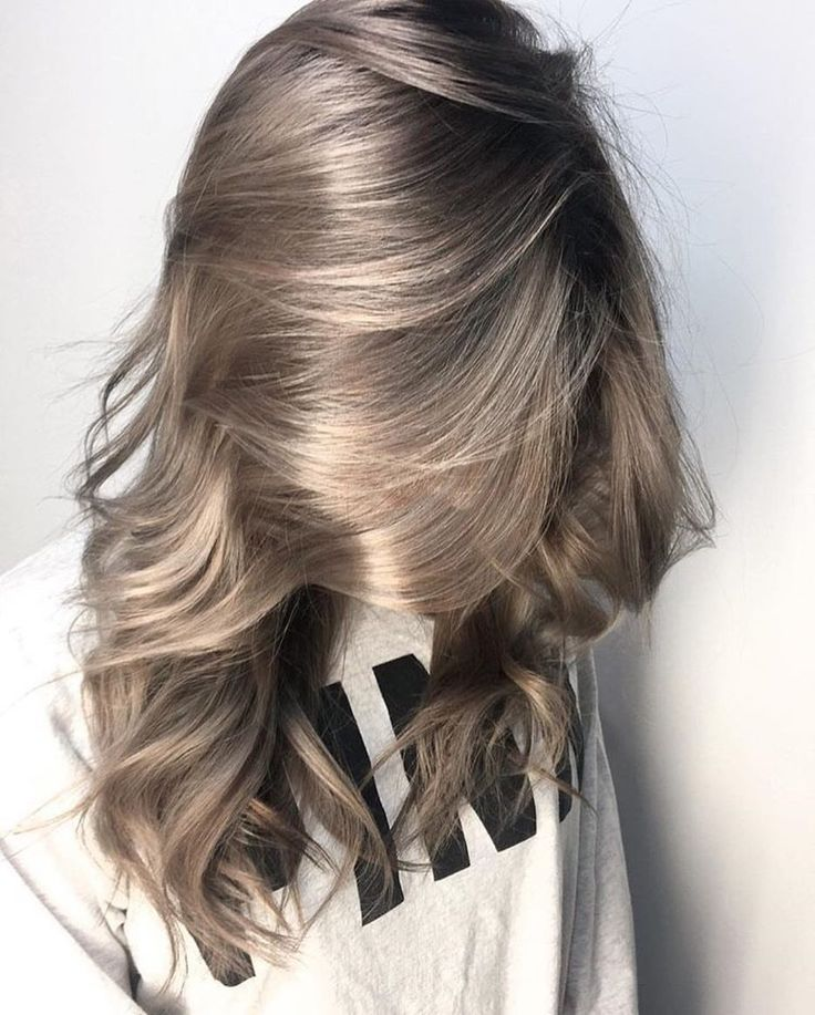 This color tho Violet Metallic Flow by @hairlikeaboss. After prelightening to a level 9 Blonde, he applied #KenraColor 7VM Demi + 9Vol all over. What do you all think?!