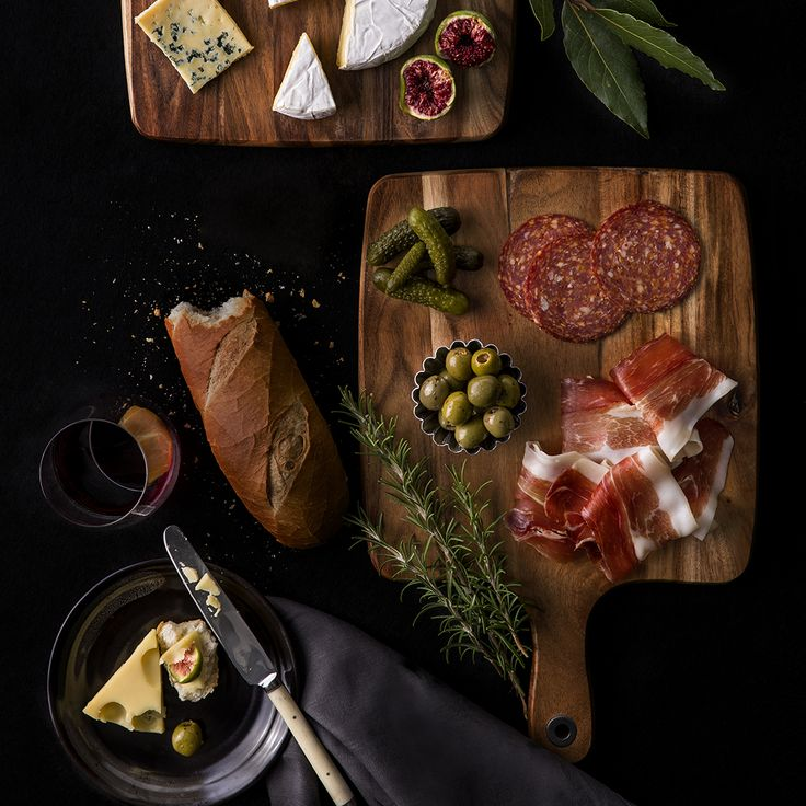 A beautifully styled smorgasbord. Learn about the basics of food styling for photography and tips and tricks to preparing food for the ideal shot in our Styling for Food Photography short course.