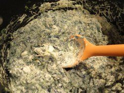 Copycat Cheddar's Spinach Dip. This spinach dip recipe will be a hit at any party!