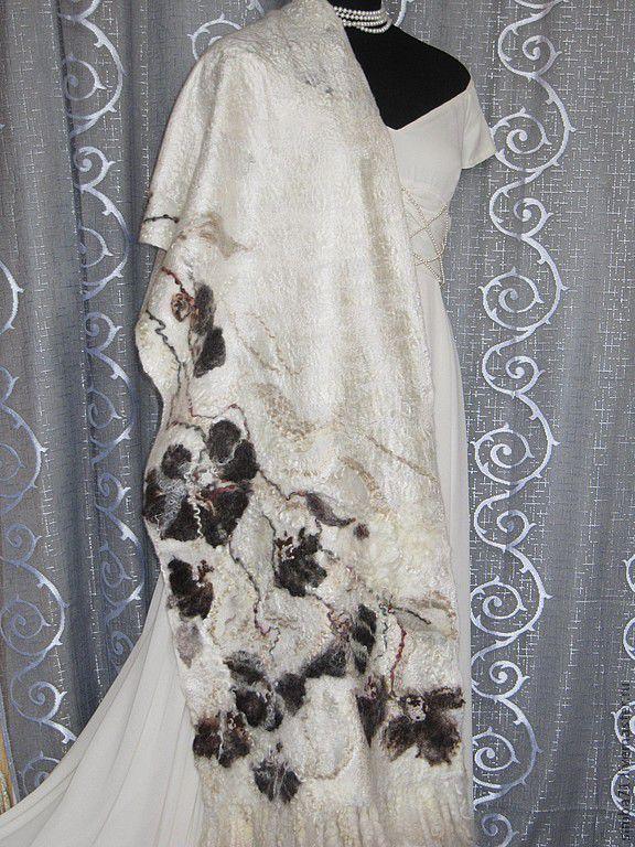"""Купить Палантин валяный """"ЭКО"""" - белый, цветочный, эко-стиль, коричневые цветы, палантин"""