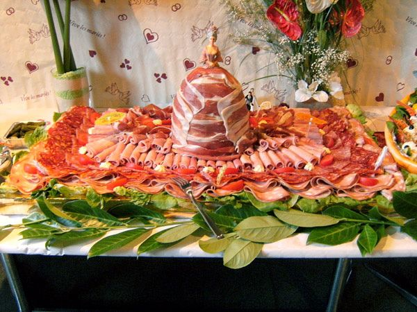 repas mariage kitsch