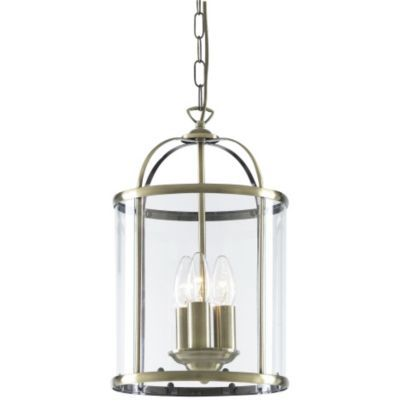 Lighten up your unloved room with this beautiful coach lantern.