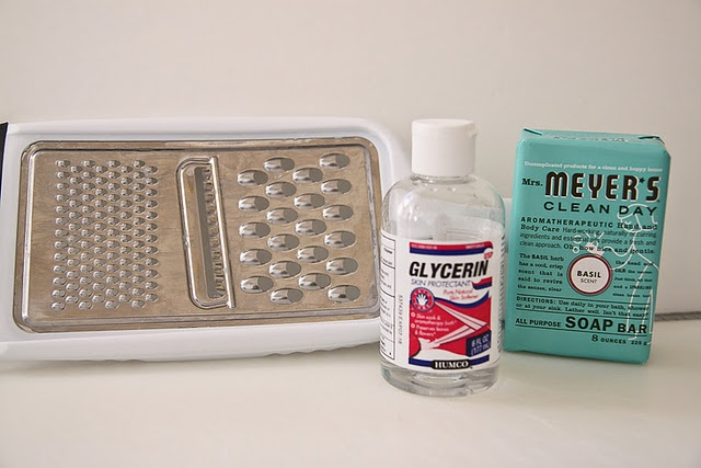 Euphoria*: Vamos fazer sabonete liquído?