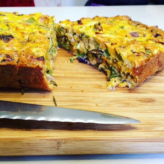 hartige cake met pompoen & feta! Extra toegevoegd 100 gr feta en een beetje gemalen kaas Erg lekker