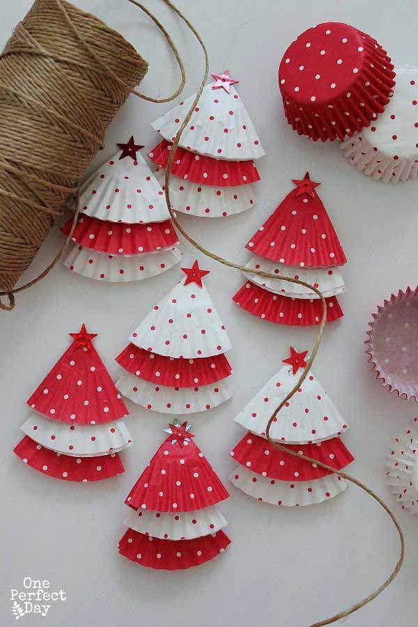 Christmas Decorations Ideas Homemade Decorations Gift Ideas Christmas Decoration Ideas For Office Re Diy Christmas Garland Christmas Crafts Christmas Ornaments