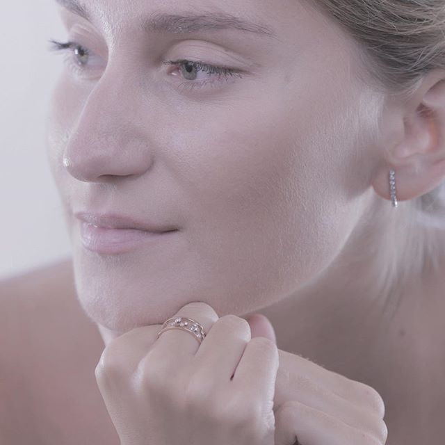 If we go for the easy way, we never change. Marina Abramovic  #Afewjewels #uppsala #florø #ring #earring #marina #abramovic #love #quote #quoteoftheday #photooftheday #picoftheday #amazing #easyway #change #design #creation #model #goodnight #night #inspiration #piece #instamood #instagood #eyes #modeling #fashion #style