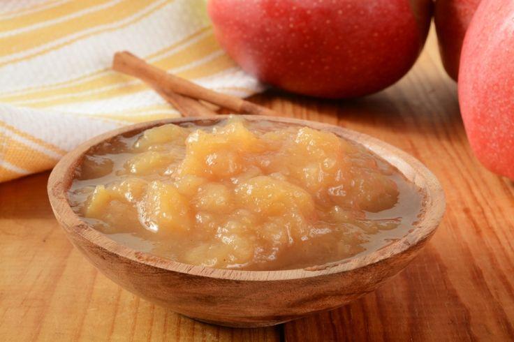 Voici une compote de pommes santé à la mijoteuse, facile et différente