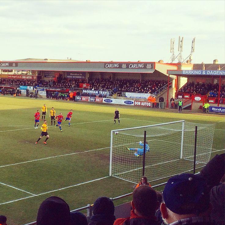 Barry Corr scoring his pen v Dagenham & Redbridge FC. Photo by @markles79