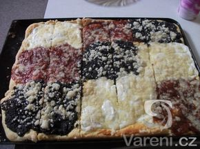 Recept na nadýchaný koláč, který se rozplývá na jazyku.