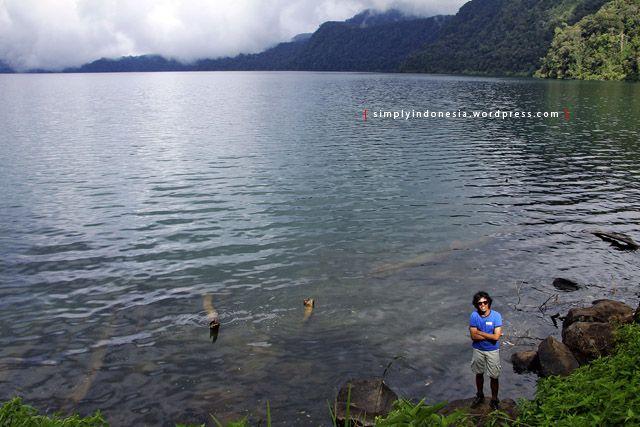 Cara Sepuh Mendaki (Danau) Gunung Tujuh | simplyindonesia