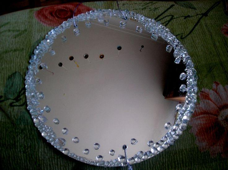 Декор зеркала камнями