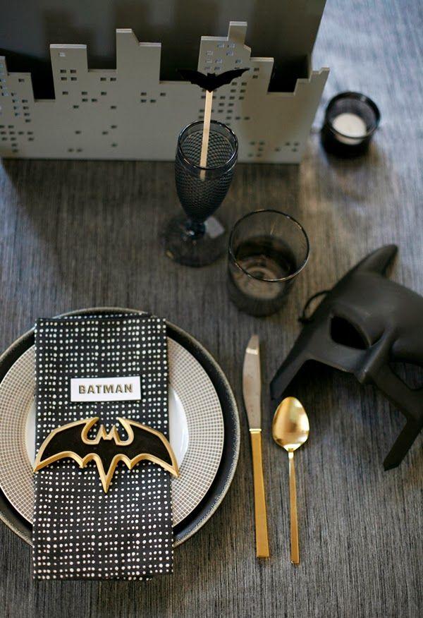 Modern Mindy: Gotham Halloween Dinner Party