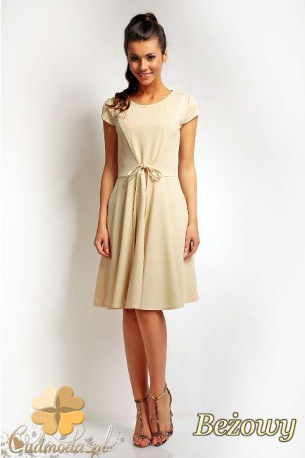 Wiązana w talii sukienka do kolana marki Karen Styl.  #cudmoda #moda #ubrania #odzież #clothes