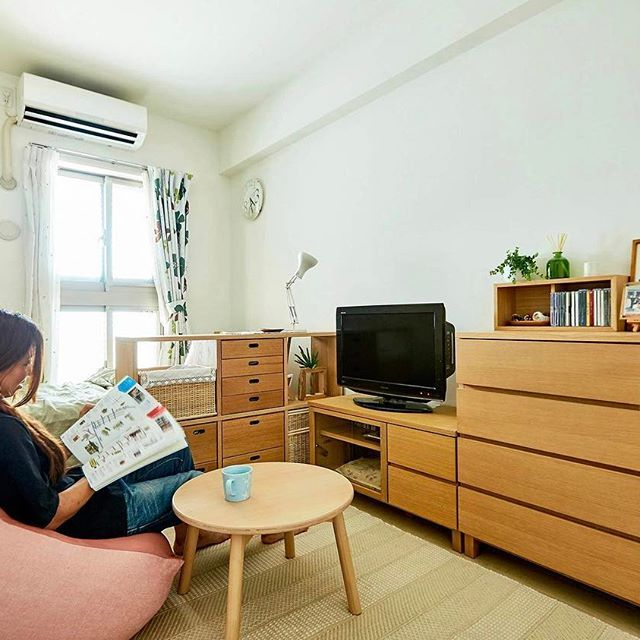 インテリア相談会事例集 04 インテリア相談会に参加されたお客様のお部屋をご紹介します。 Interior Advisory Service Example Case 04 MUJI have professional interior advisors to help solving your living space problems. #muji #無印良品 #storage #収納 #shelf #棚 #sofa #ソファ #beadssofa #体にフィットするソファ #interior #インテリア