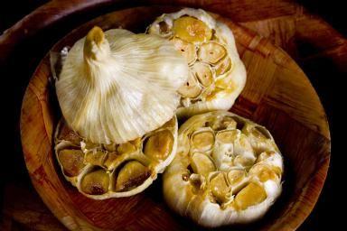 Heads of roasted garlic - Matthew O'Shea/Photodisc/Getty Images