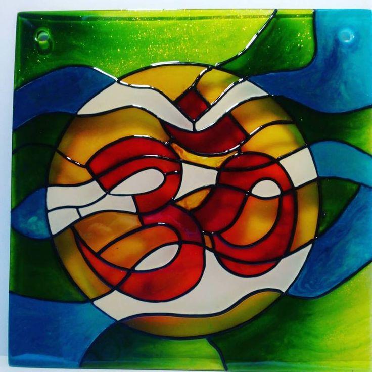 Om - kézzel festett üvegkép - 20x20