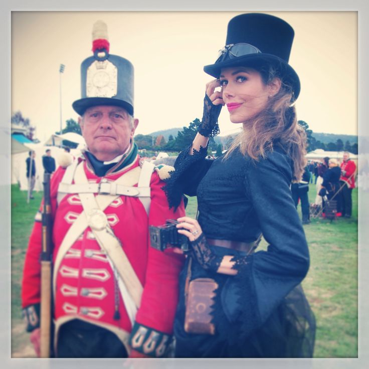 Tara Moss and soldier friend at Ironfest, 2014. Steampunk style.