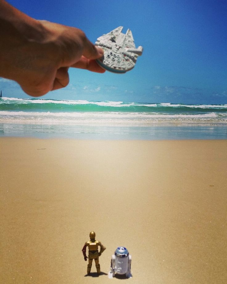 #toytrips  #millenniumfalcon flying a missing man formation over the #starwars #coast aka #goldcoast #australia. We will miss you #princess @yooamigo #ridetheworld with #yooamigo  Sign up online at: www.yooamigo.com  Download our Android app:  https://play.google.com/store/apps/details?id=com.youamigo.activity  Download our iOS app:  https://itunes.apple.com/us/app/yooamigo/id1140386908