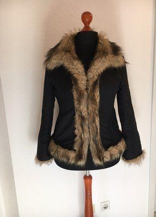 Kaufe meinen Artikel bei #Kleiderkreisel http://www.kleiderkreisel.de/damenmode/mantel-and-jacken-sonstiges/141746254-leichte-winter-und-ubergangsjacke-mit-kunstfell