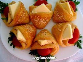 Cepli sandviç ekmeği tarifi   Cepli sandviç ekmeği nasıl yapılır   Mayalı hamurdan sandviç tarifi       CHEFika 'nın bloğunda gör...