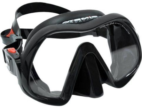 Check out the Top 10 Best Scuba Diving Masks you cand find in the market right now. Learn how to choose the right mask and enjoy all your diving adventures. #scubadivingequipmentgears