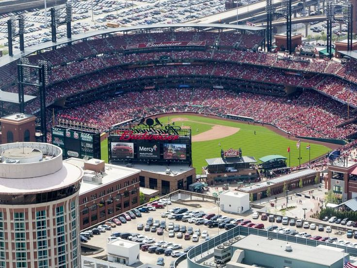 Fan hit by #stray bullet at #StLouis #Cardinals game...