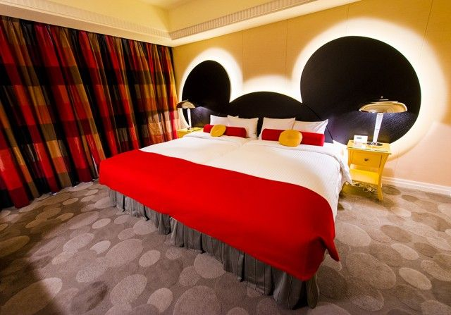 Mickey's Penthouse Suite...one of the most expensive Disney hotel rooms in the world! Tokyo Hotel Interior Designs