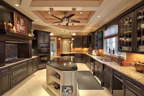 ```Beautiful Kitchens, Kitchens Design, Dreams Kitchens, House Ideas, Dreams House, Interiors Design, Amazing Kitchens, House Stuff, Gorgeous Kitchens