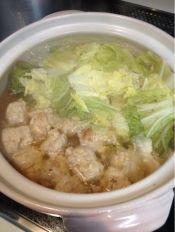 【糖質制限】節約★材料2つで鶏団子の簡単お鍋♪ レシピ・作り方 by waffling|楽天レシピ