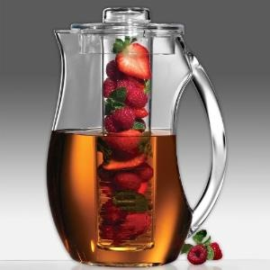 Natural Fruit Flavor Pitcher! I want this!