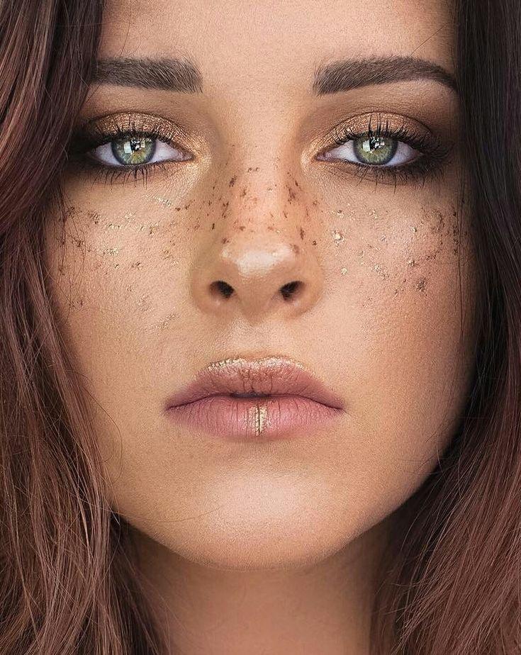 Eight Thousand Faces Freckles makeup, Glitter makeup