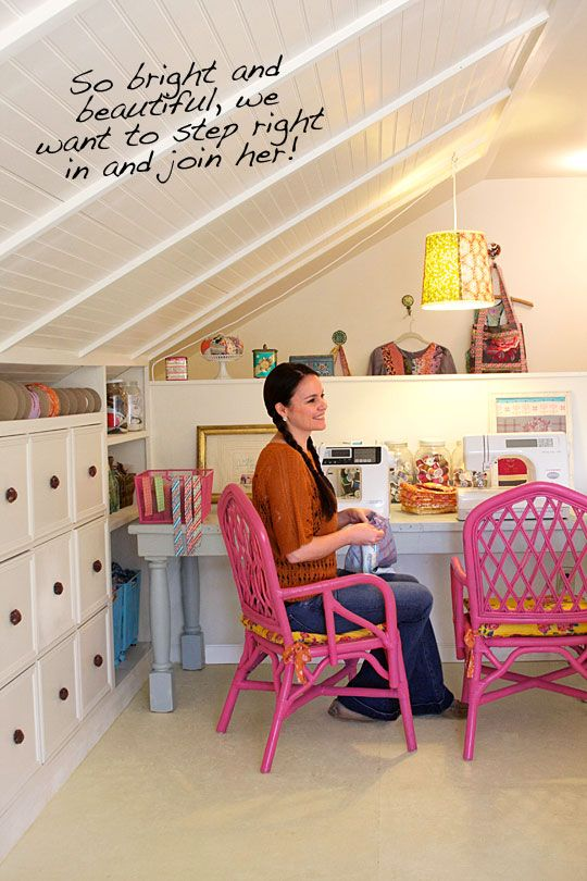AMH Creative Work Space - so in love with the pink chairs