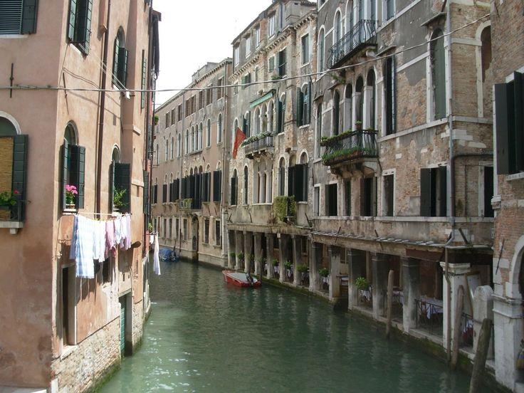 Venice city Streets Italy (Buildings & City)