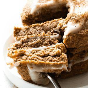 Flauschige kohlenhydratarme Keto-Zimtbrötchen-Pfannkuchen (Paleo, vegan)   – Low carb