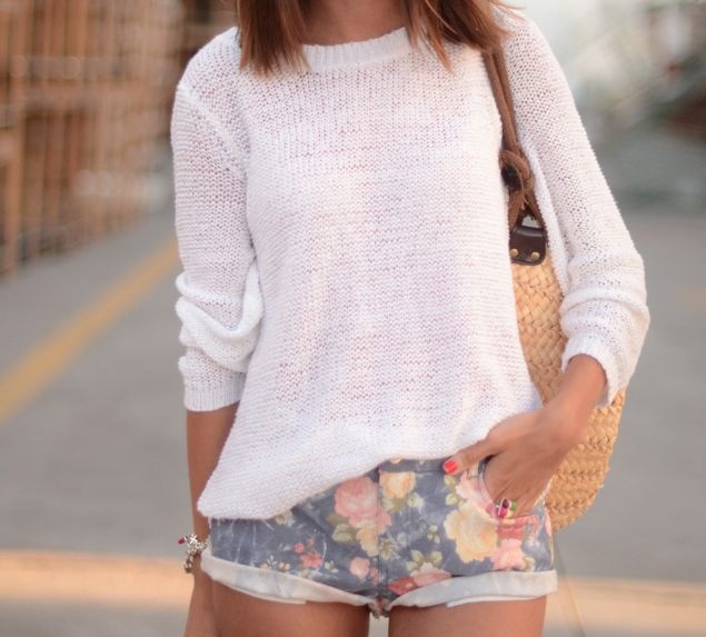 Fall:)Summer Sweaters, Summer Casual, Floral Shorts, Summer Day, Fabulous Sweaters, White Sweaters, Prints Shorts, Denim Shorts, Floral Denim
