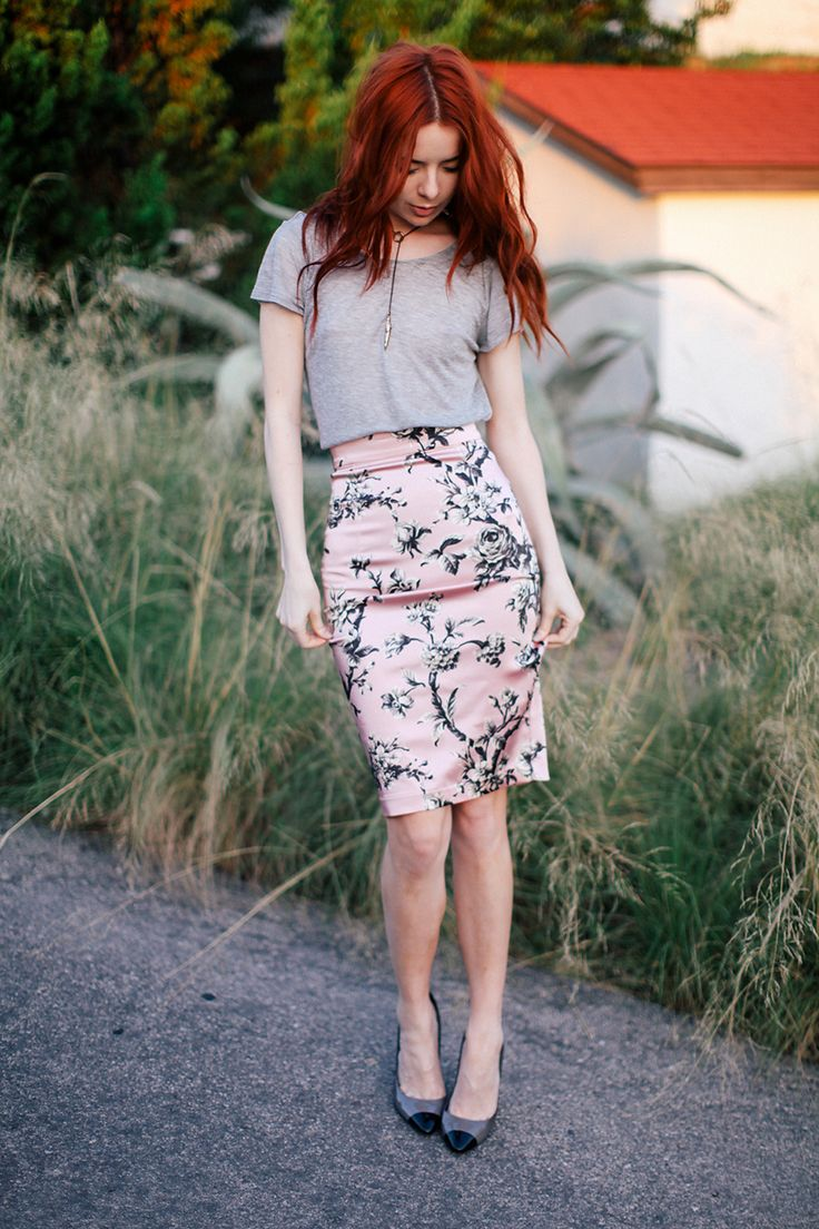 retro floral skirt with gray top and cap toe shoes