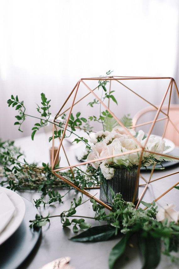 Copper + green industrial modern wedding place setting | Wedding & Party…